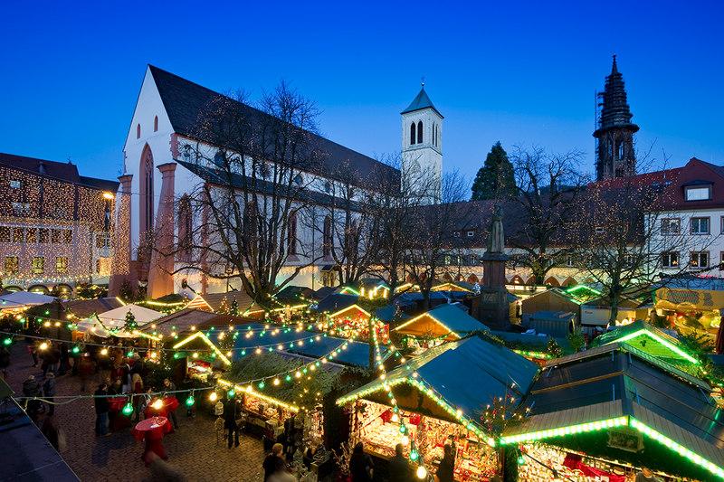 freiburg breisgau weihnachtsmarkt reisetipps schwarzwald. Black Bedroom Furniture Sets. Home Design Ideas